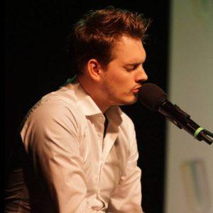 Joost Kraaijeveld - pianist Zanggroep Spirit